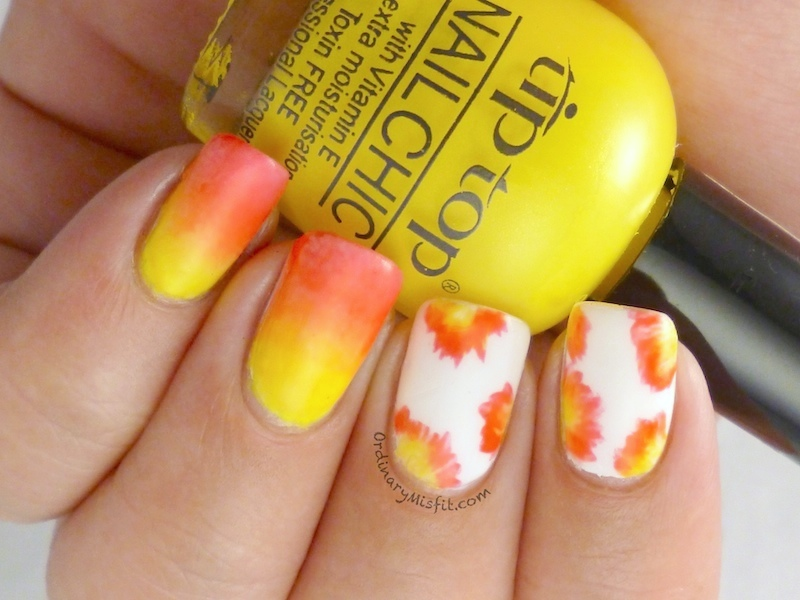 Abstract flowers nail art 2