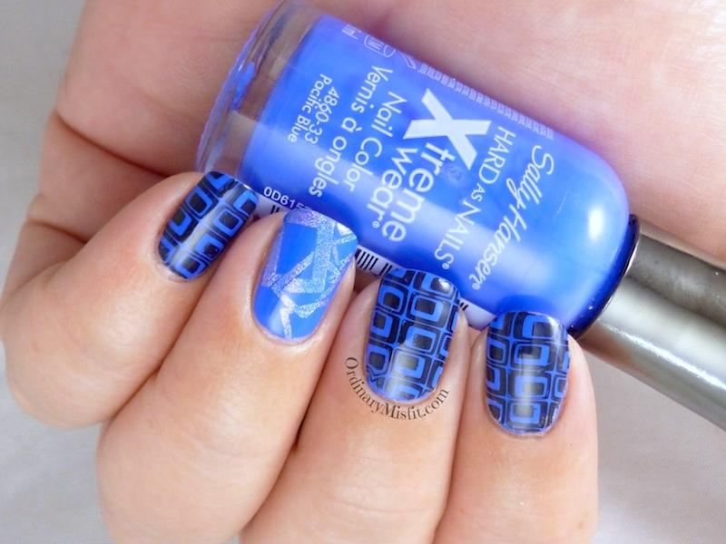 Blue squared nail art 3