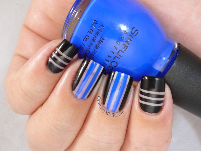 Negative space stripes 3