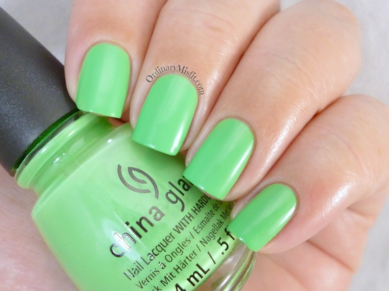 China Glaze - Shore enuff