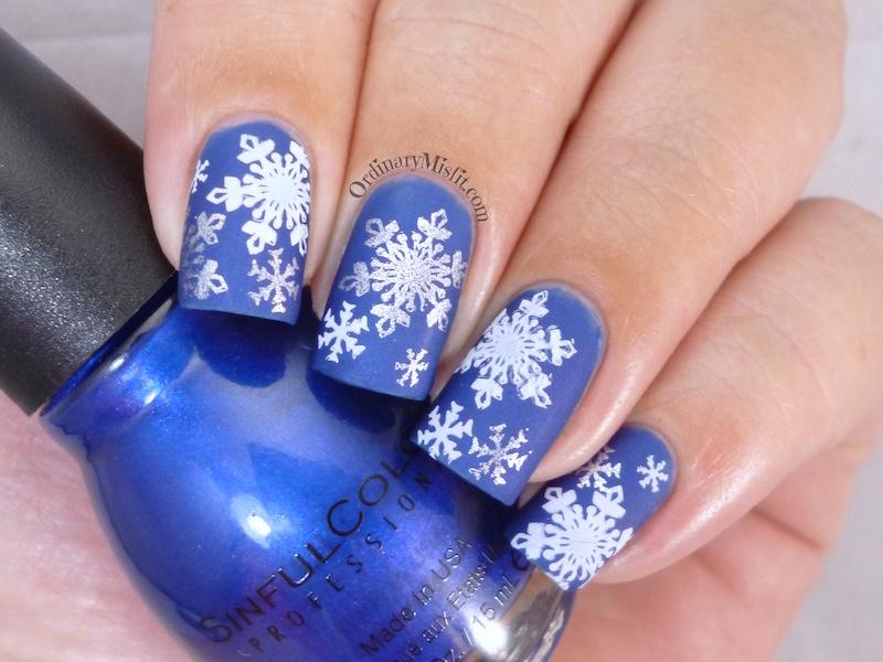 Wintery Snowflakes matte