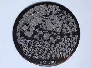 BM709
