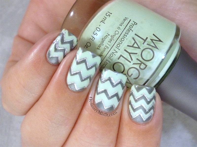 We heart nail art zigzag vinyls