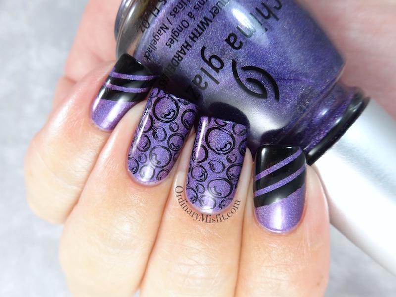 Holo bubbles nail art