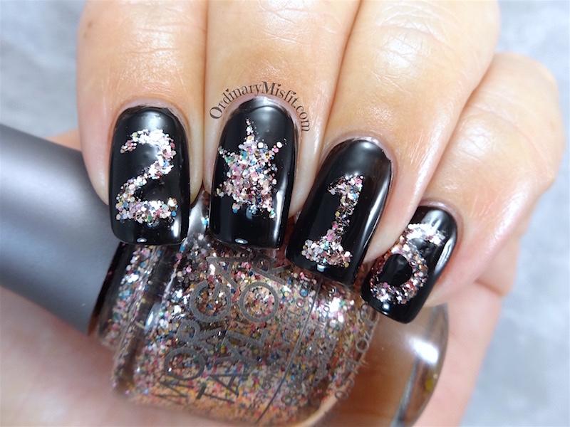 NailLinkup New Years eve nail art