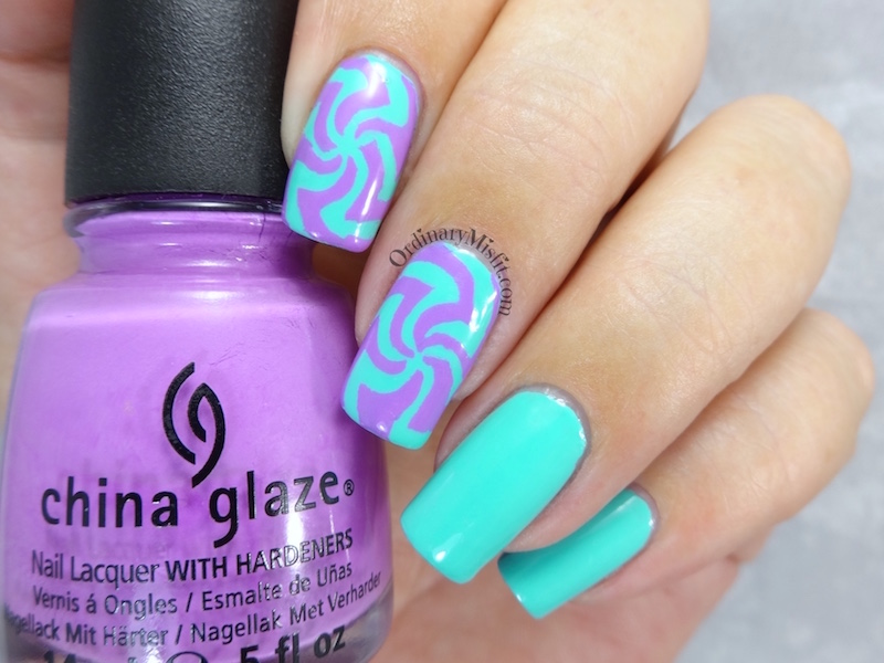 Aztech swirl vinyl nail art