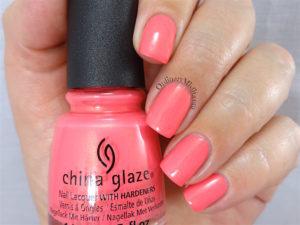 China Glaze - Bite me