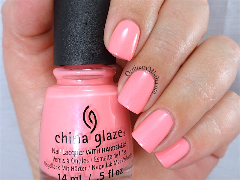 China Glaze - Lip smackin' good 2