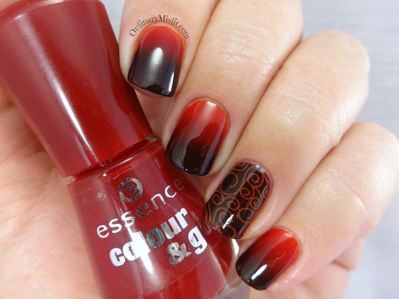 31DC2016 Day 1 Red nails