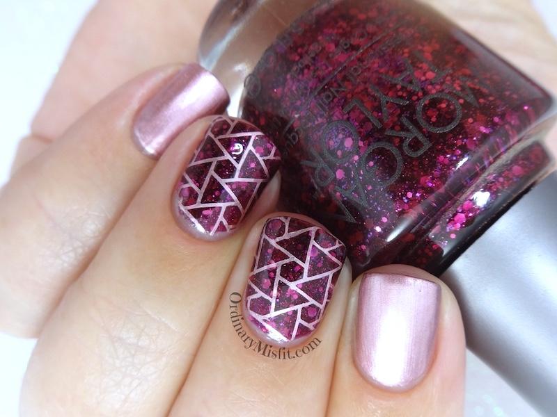 Pink treasure nail art