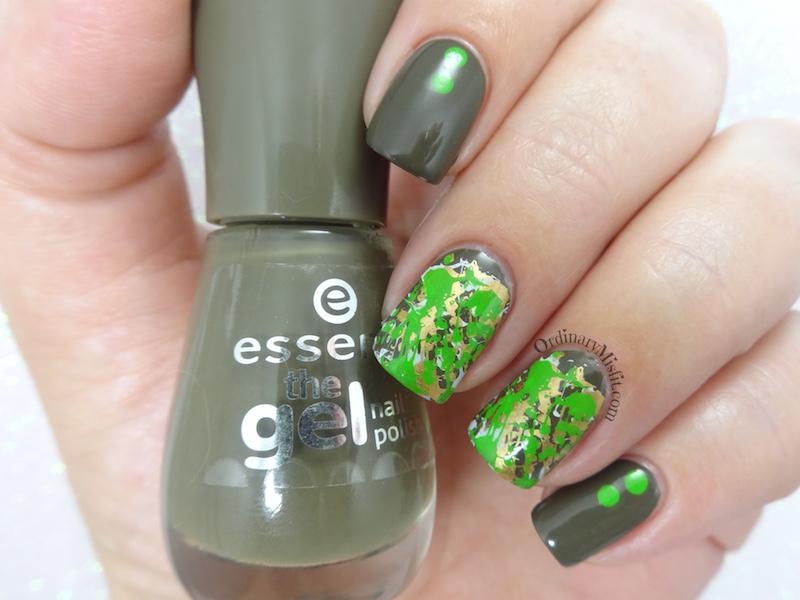 Camo splatter nail art