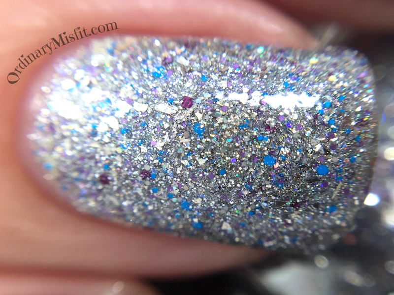 Dollish Polish - Never give up, never surrender macro