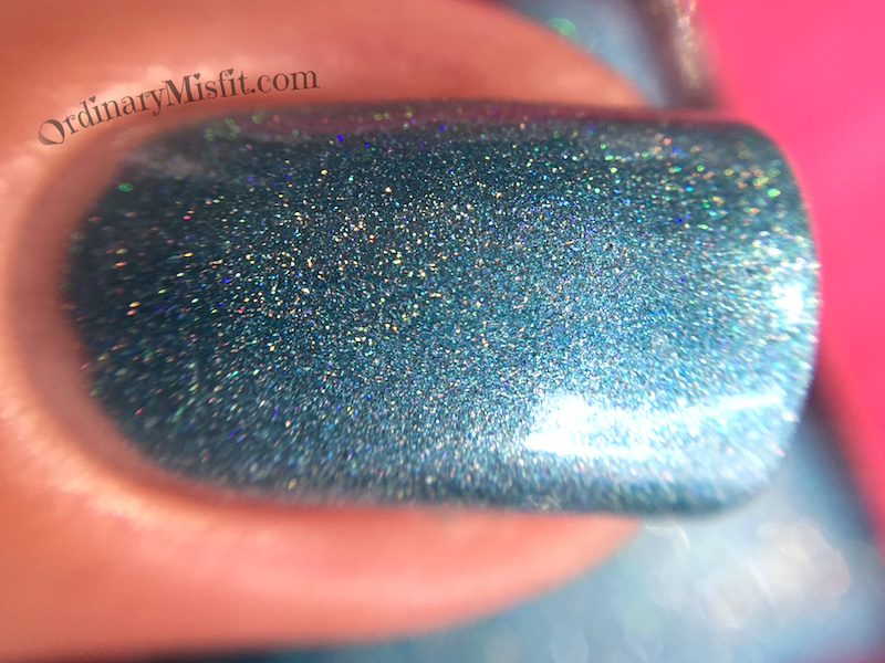 Dollish Polish - You fargin ice-hole! macro holo