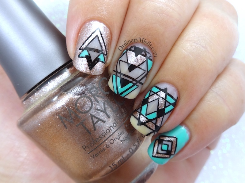 52 week nail art challenge - Negative space