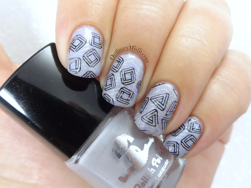 Layered swirls nail art