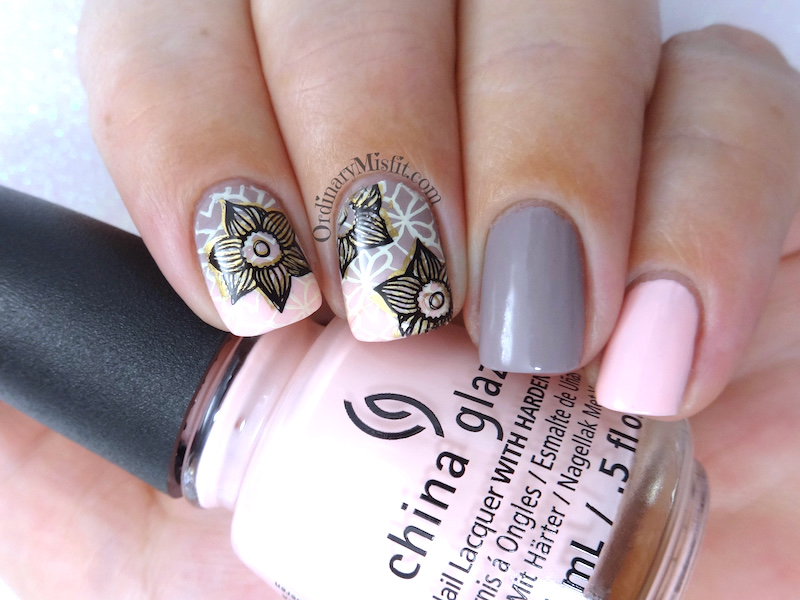 Nude blush gradient nail art