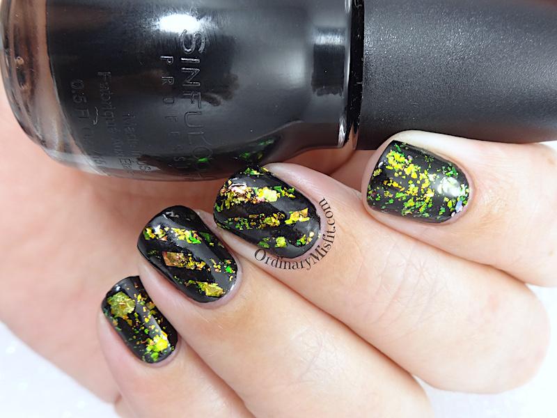 Flaked nail art