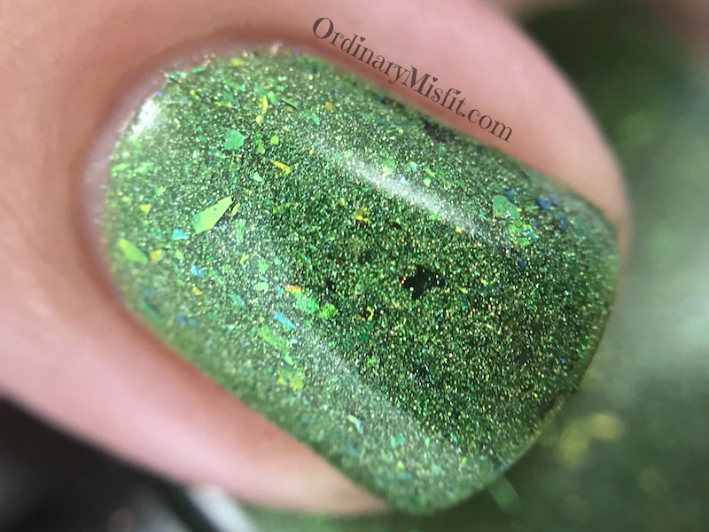 Dollish Polish - Holly jolly Christmas macro