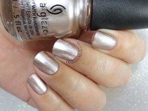 China Glaze - As good as it glitz