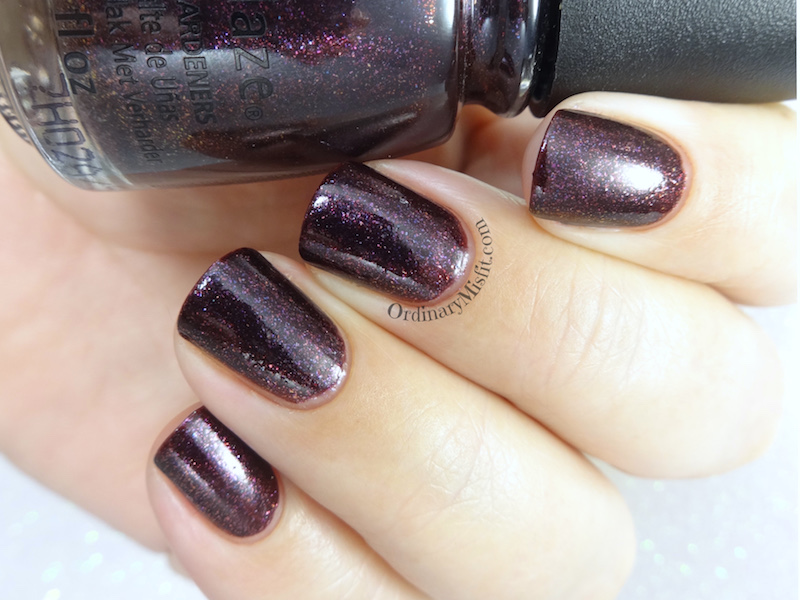China Glaze - Queen of sequins