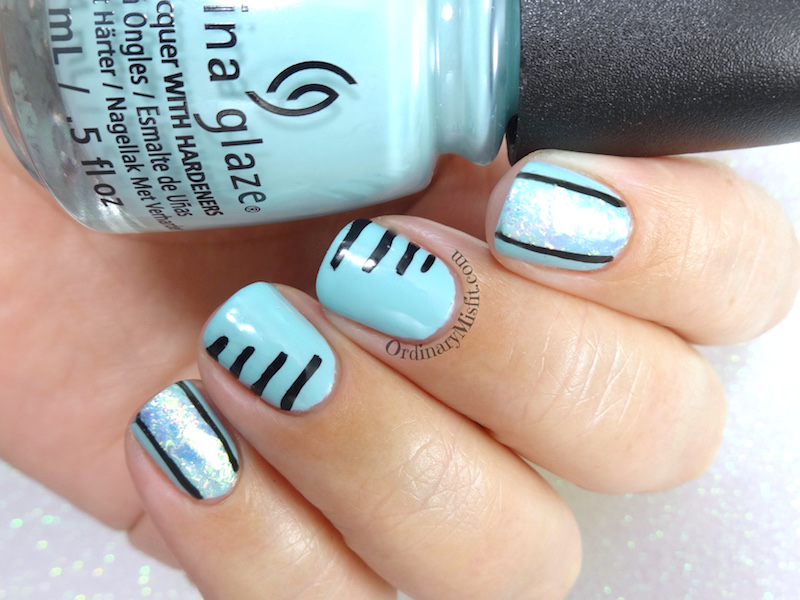 Lined up nail art
