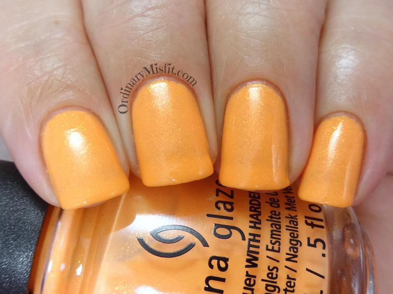 China Glaze - All sun & games topcoat