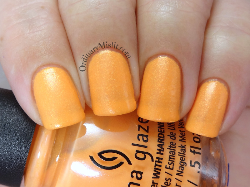 China Glaze - All sun & games