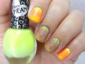Window gradients nail art