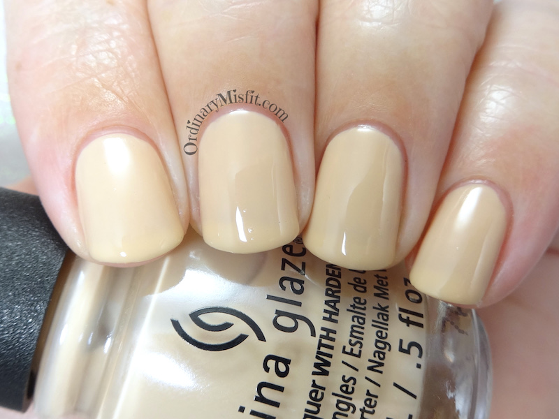 China Glaze - 6 Minimalist momma