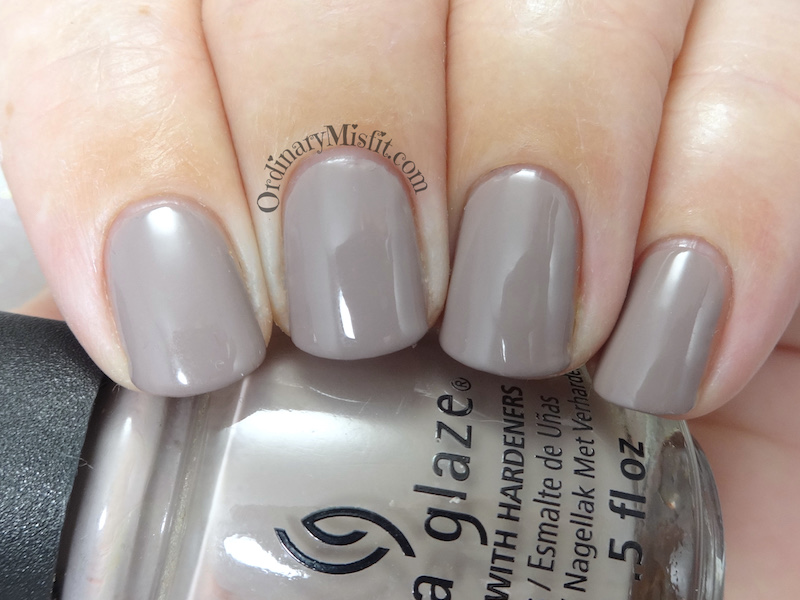China Glaze - 9 Head to taupe