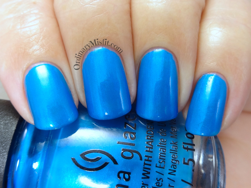 China Glaze - I truly azure you