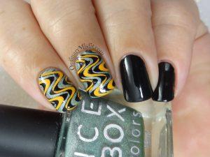 Groovy swirls nail art