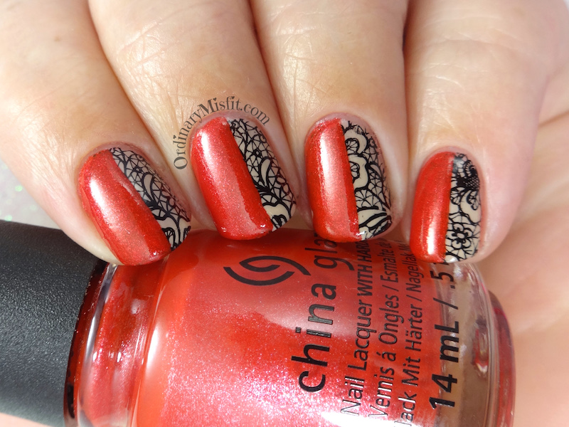 31DC2018 Day 1- Red nails