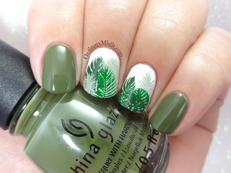31DC2018 Day 4- Green nails