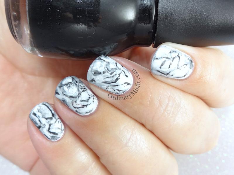 31DC2018 Day 7- B & W nails
