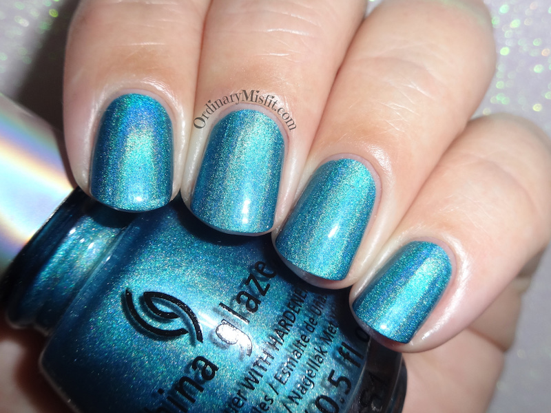 China Glaze - DV8 flash