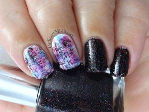 Showy dry brush nail art