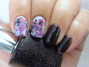 Showy dry brush nail art