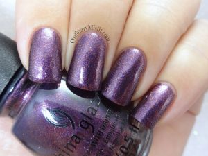 China Glaze - Pay it fashion forward