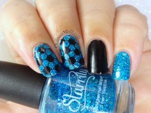 Icy blue skittlette