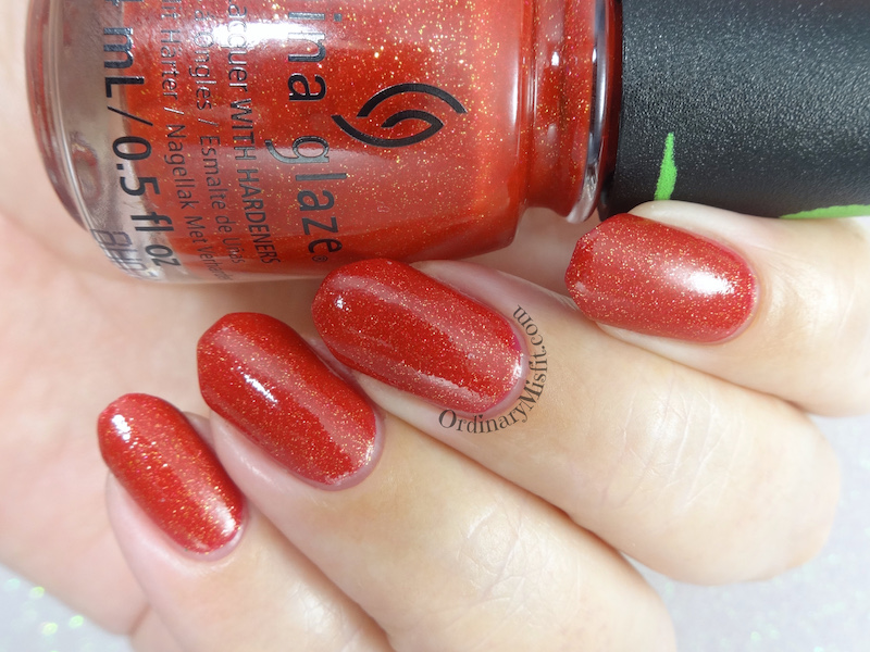 China Glaze - Ho! Ho! No.
