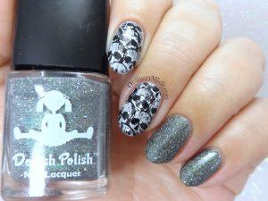 Skull nail art