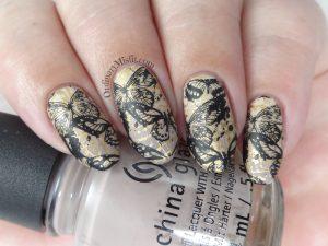 Butterfly grunge nail art