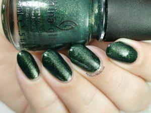 China Glaze - Glittering garland