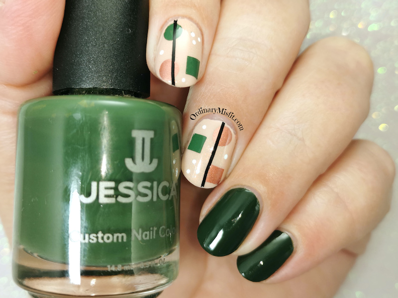 Green shapes nail art